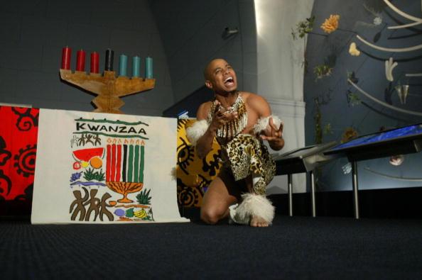 Celebration Event「Kwanzaa Prepares To Kick Off」:写真・画像(2)[壁紙.com]