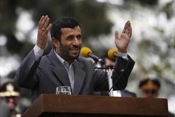 Kabul「Iranian President Ahmadinejad Meets Afghan Counterpart」:写真・画像(13)[壁紙.com]