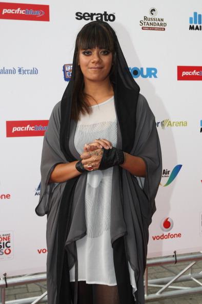 Spark Arena「2011 Vodafone Music Awards - Arrivals」:写真・画像(17)[壁紙.com]