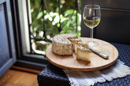 White Wine「Aged goat cheese」:スマホ壁紙(6)