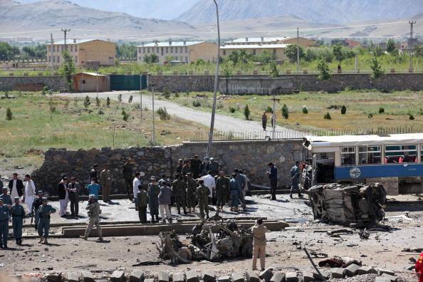 Taliban「Suicide Car Bomb Attack in Kabul」:写真・画像(8)[壁紙.com]