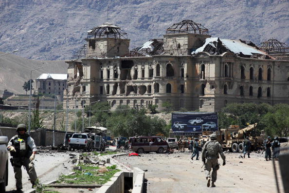 Kabul「Suicide Car Bomb Attack in Kabul」:写真・画像(14)[壁紙.com]