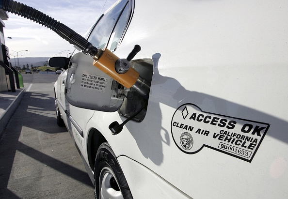 Wind「Schwarzenegger Signs Executive Order Setting Low Carbon Fuel Standard」:写真・画像(6)[壁紙.com]