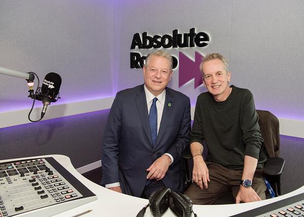 Radio「Al Gore Visits Absolute Radio」:写真・画像(10)[壁紙.com]