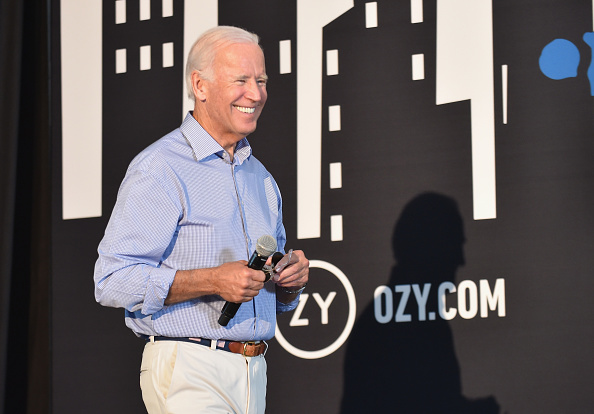 Smiling「OZY FEST 2017 Presented By OZY.com」:写真・画像(16)[壁紙.com]