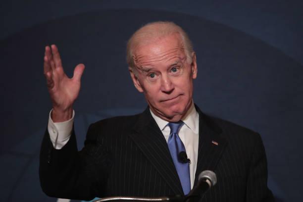 Joseph Biden「Former VP Joe Biden Addresses Chicago Council On Global Affairs」:写真・画像(5)[壁紙.com]