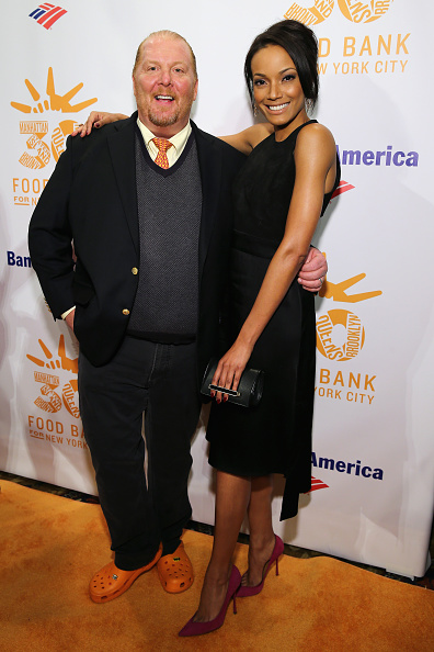 Crocs Shoe「Food Bank For New York City's Can-Do Awards Celebrating 30 Years Of Service To NYC - Arrivals」:写真・画像(6)[壁紙.com]
