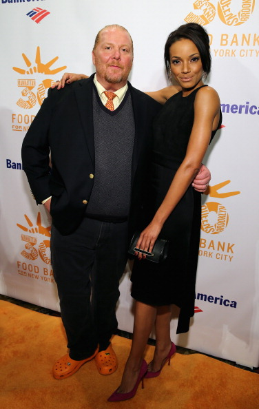 Crocs Shoe「Food Bank For New York City's Can-Do Awards Celebrating 30 Years Of Service To NYC - Arrivals」:写真・画像(14)[壁紙.com]
