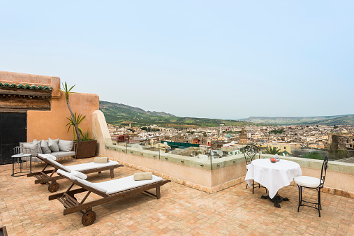 Fez - Morocco「Morocco, Fes, view over medina from roof terrace of Hotel Riad Fes」:スマホ壁紙(11)