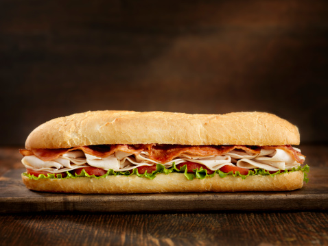 Focus On Foreground「Foot Long Turkey and Bacon Sub」:スマホ壁紙(1)