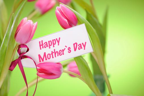 母の日「ピンクのチューリップでグリーン、母の日カード」:スマホ壁紙(0)