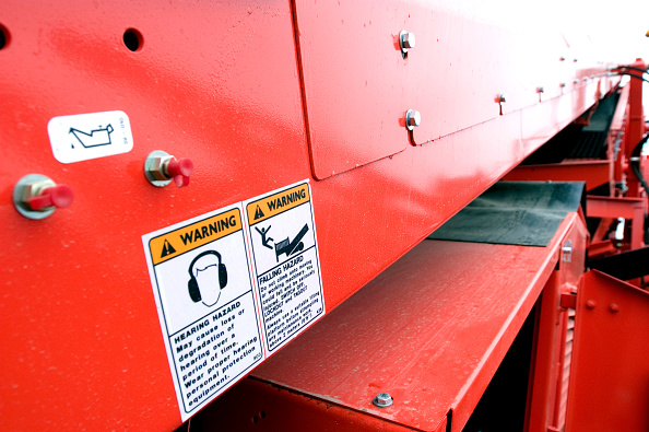 Finance and Economy「Safety and warning signs on a side of a stone crusher」:写真・画像(6)[壁紙.com]