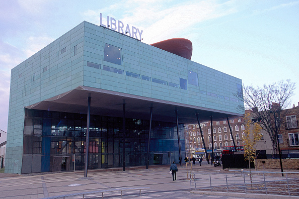 Town Square「Peckham Library, London. United Kingdom. Designed by Will Alsop.」:写真・画像(9)[壁紙.com]