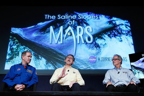Press Conference「NASA Announces Major Scientific Finding On Nature Of Mars」:写真・画像(13)[壁紙.com]