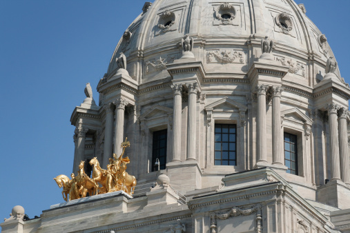 Horse「Minnesota State Capitol Dome, Government Building Exterior Detail, St. Paul」:スマホ壁紙(14)