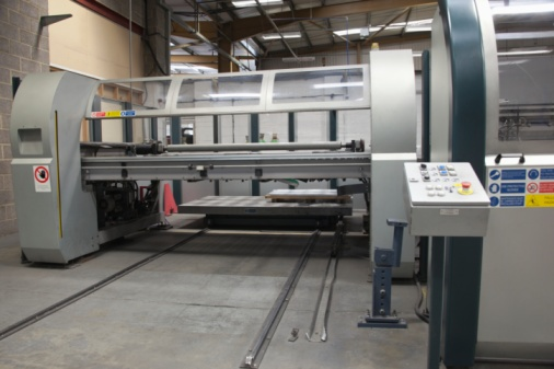 Factory「Loading platform for a Salvernini CAM sheet metal folding machine」:スマホ壁紙(5)