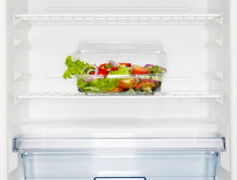 Salad「Salad box in fridge (close-up)」:スマホ壁紙(14)