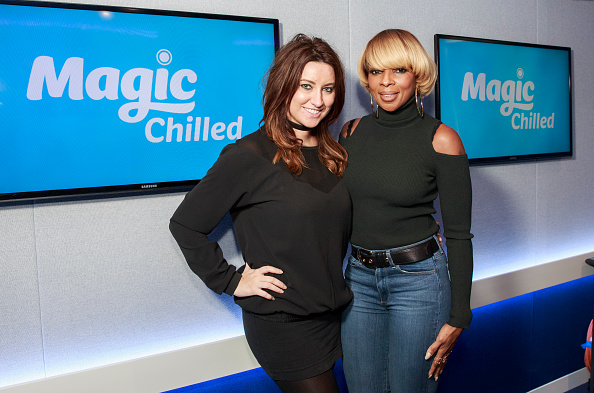 Magic Kingdom「Mary J Blige Visits Magic FM」:写真・画像(19)[壁紙.com]