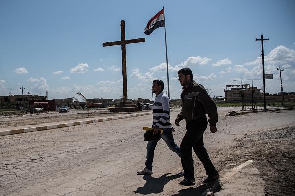 Christianity「Iraqi Christians Attend Easter Service」:写真・画像(10)[壁紙.com]