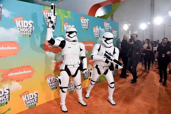 Star Wars Series「Nickelodeon's 2016 Kids' Choice Awards - Red Carpet」:写真・画像(8)[壁紙.com]