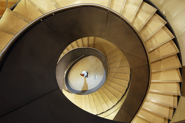 Staircase「Helical Staircase Unveiled At The Wellcome Collection」:写真・画像(1)[壁紙.com]