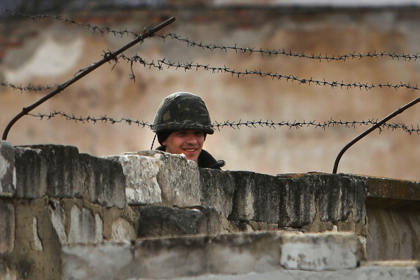 Russian Military「Tensions Grow In Crimea As Diplomatic Talks Continue」:写真・画像(14)[壁紙.com]