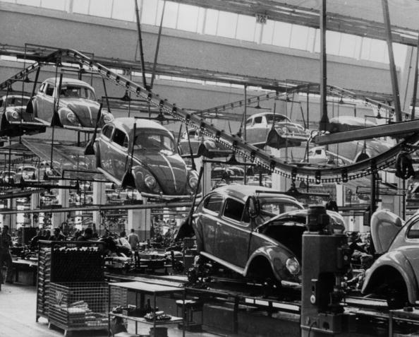 Production Line「Volkswagen Factory」:写真・画像(18)[壁紙.com]