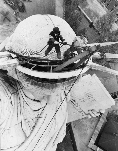 Construction Industry「Renovating Liberty」:写真・画像(16)[壁紙.com]