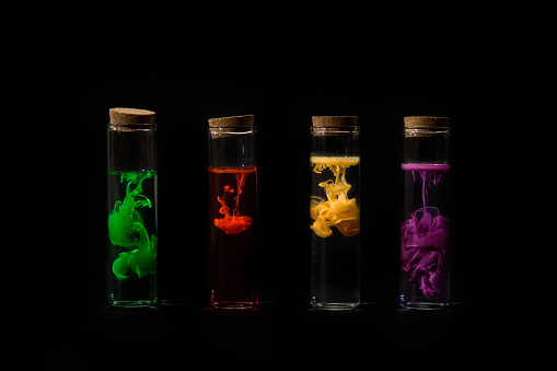 Four Objects「Test tubes filled with water and multi-colored acrylic paint」:スマホ壁紙(16)