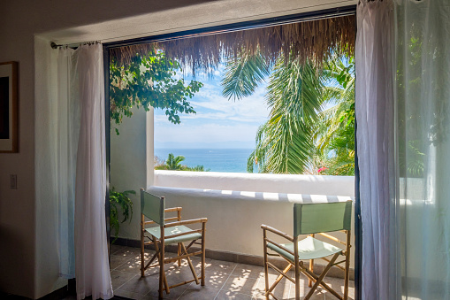 Nayarit「Mexico, Punta de Mita, view to the sea from loggia of a residential home」:スマホ壁紙(17)