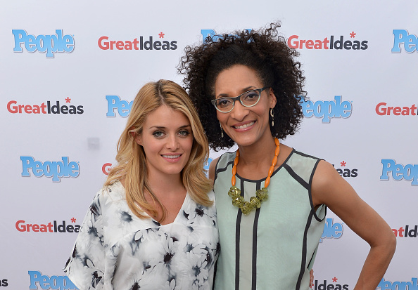 """Publication「PEOPLE Magazine's """"GREAT IDEAS"""" Food Truck Hits The Road With The Chew's Carla Hall And Daphne Oz At Madison Square Park In NYC」:写真・画像(18)[壁紙.com]"""