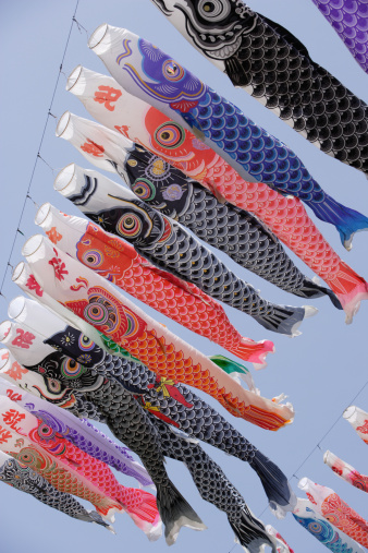 こいのぼり「Carp streamer decoration (Koi-Nobori) against blue sky, low angle view」:スマホ壁紙(7)