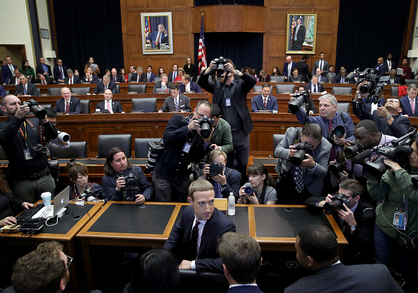 Big Tech「Facebook CEO Mark Zuckerberg Testifies Before The House Financial Services Committee」:写真・画像(17)[壁紙.com]