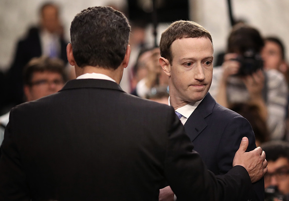 Win McNamee「Facebook CEO Mark Zuckerberg Testifies At Joint Senate Commerce/Judiciary Hearing」:写真・画像(9)[壁紙.com]