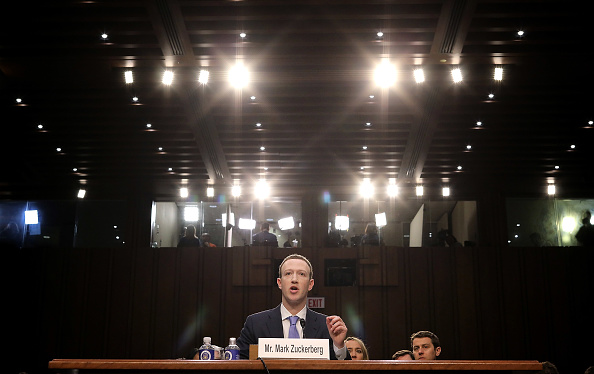 Chairperson「Facebook CEO Mark Zuckerberg Testifies At Joint Senate Commerce/Judiciary Hearing」:写真・画像(18)[壁紙.com]