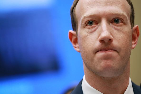 CEO「Facebook CEO Mark Zuckerberg Testifies At House Hearing」:写真・画像(5)[壁紙.com]