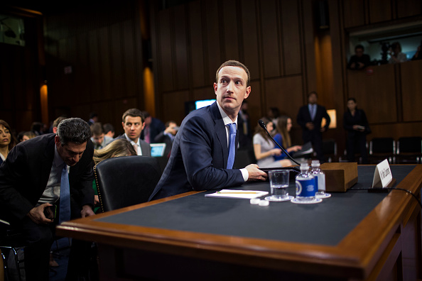 Congress「Facebook CEO Mark Zuckerberg Testifies At Joint Senate Commerce/Judiciary Hearing」:写真・画像(13)[壁紙.com]
