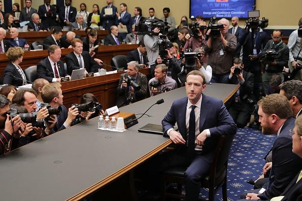 Testimony「Facebook CEO Mark Zuckerberg Testifies At House Hearing」:写真・画像(17)[壁紙.com]
