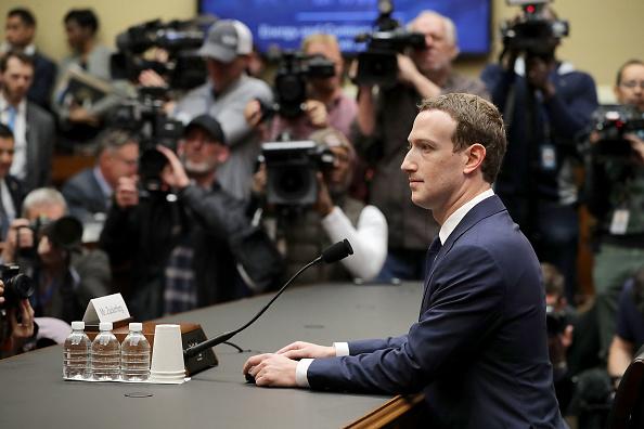 Testimony「Facebook CEO Mark Zuckerberg Testifies At House Hearing」:写真・画像(2)[壁紙.com]