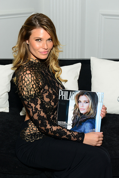 Lisa Lake「Philadelphia Style Celebrates Holiday Issue With Cover Star Samantha Hoopes」:写真・画像(17)[壁紙.com]