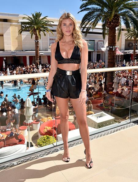 Black Shorts「Sports Illustrated Swimsuit Announces Model Search Winners At Encore Beach Club In Wynn Las Vegas」:写真・画像(11)[壁紙.com]