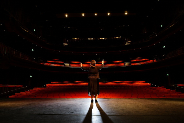 Stage Theater「First View Of Interior Of New Marlowe Theatre In Canterbury」:写真・画像(2)[壁紙.com]