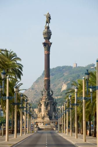 Christopher Columbus - Explorer「Statue of Christopher Columbus at Port Vell in Barcelona」:スマホ壁紙(9)