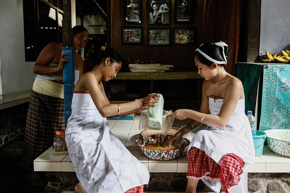 Condiment「Ancient Pandanus War Ritual Held In Balinese Village」:写真・画像(18)[壁紙.com]