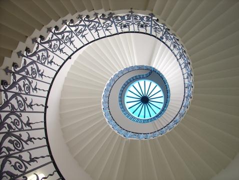 Spiral Staircase「Tulip Stair」:スマホ壁紙(16)