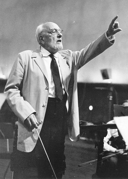Erich Auerbach「Conductor At Work」:写真・画像(11)[壁紙.com]