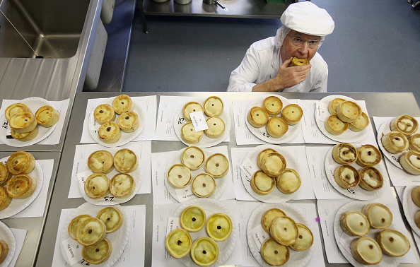 Positioning「Worlds Scotch Pie Championships Held In Dunfermline」:写真・画像(14)[壁紙.com]