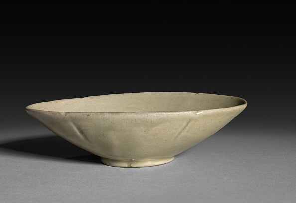Shallow「Chan: Oval Shaped Shallow Cup」:写真・画像(8)[壁紙.com]