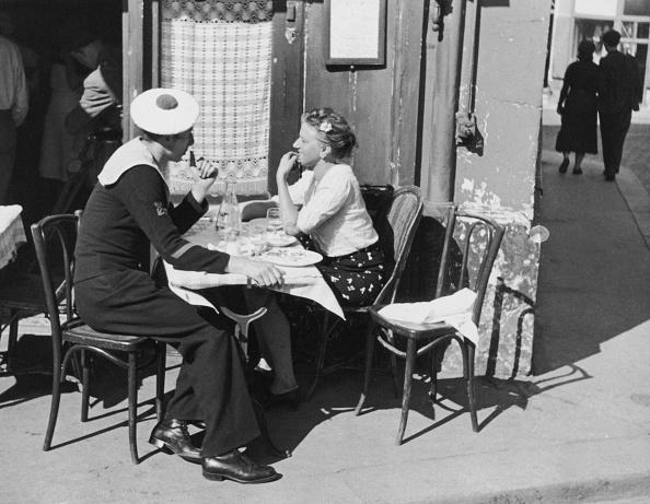 フランス「Montmartre Cafe」:写真・画像(9)[壁紙.com]