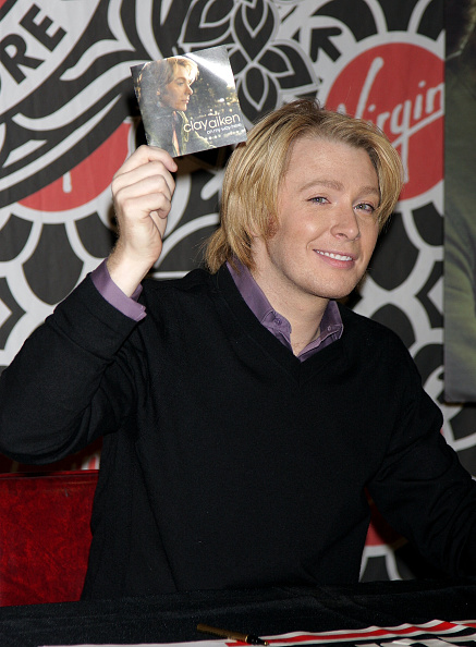"Will Ragozzino「Clay Aiken Signs ""On My Way Here"" At Virgin Megastore」:写真・画像(8)[壁紙.com]"